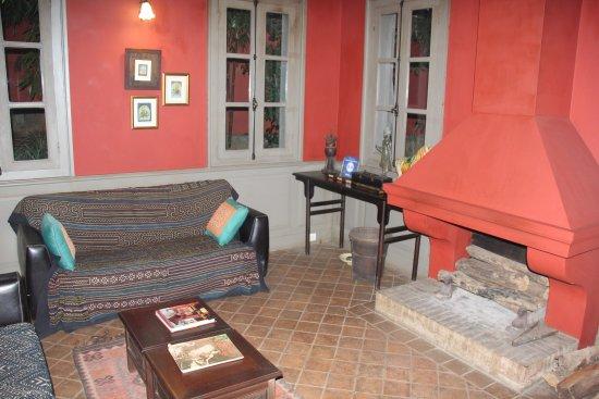 Satri House: lounge