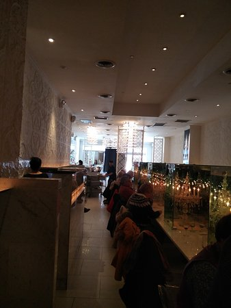 Qi Bangkok Eatery : Aparte inrichting.