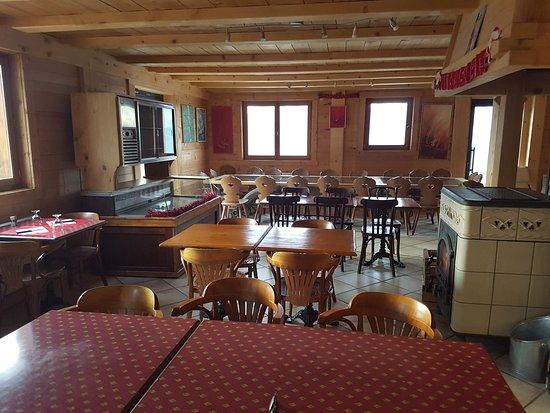 Demi-Quartier, France: Salle de restaurant