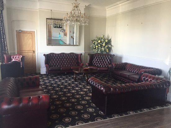 Kensington Hotel: Lounge