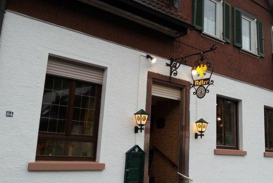 Alpirsbach, Alemania: Gasthaus Adler Rötenbachestraße 84