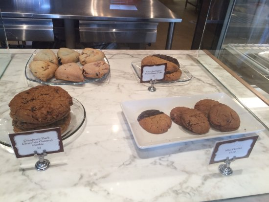 Craverie Chocolatier Cafe: AND BAKERY TO BOOT