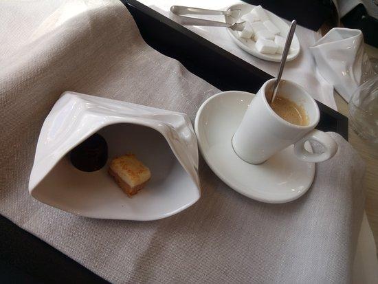 Cornudella de Montsant, Spanien: Momento café