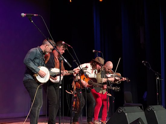 Greenville, OH: We Banjo 3 - go see them!