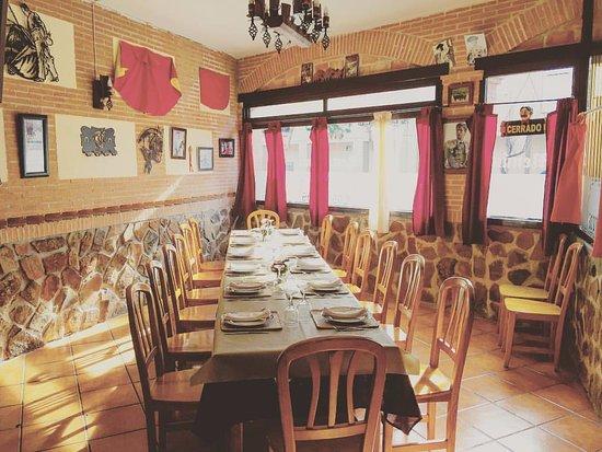 Salón comedor 2 - Picture of Los Arcos Bar Restaurante, Cobeja ...