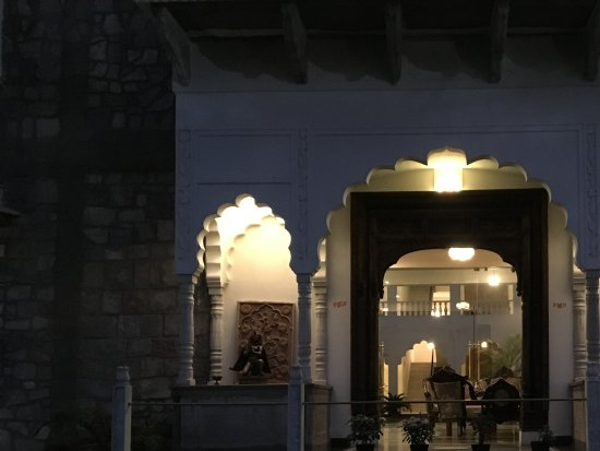 Rajasthan Palace Hotel: Front facade