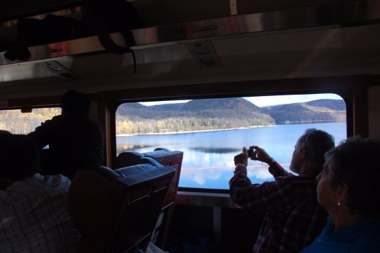 Agawa Canyon Tour Train照片