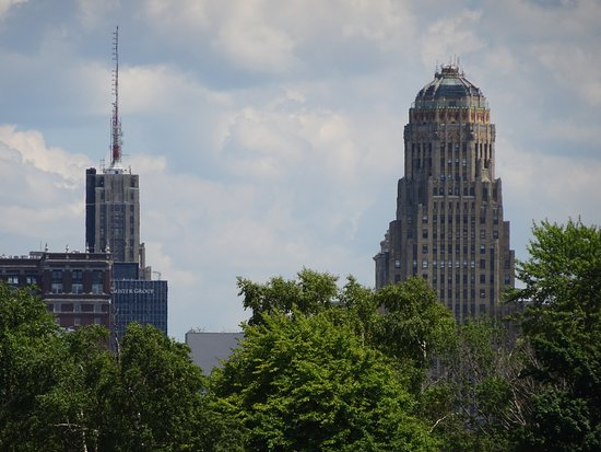 Buffalo Harbor Cruises: Buffalo City Hall from Miss Buffalo II