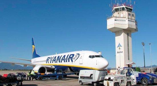 Vilobi d'Onyar, Spain: Girona Airport