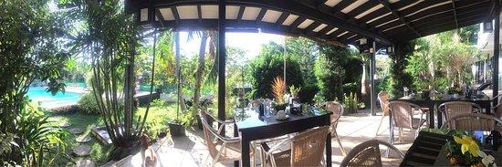 La Pernela Beachfront Resort: photo0.jpg
