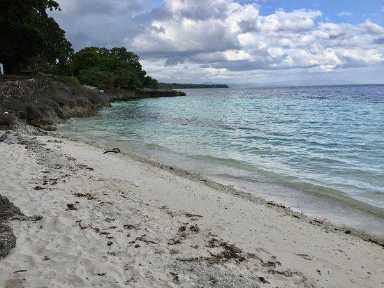 La Pernela Beachfront Resort: photo2.jpg