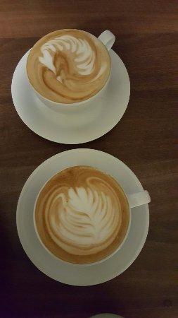 Gernsbach, Alemania: Leckerer Cappuccino!