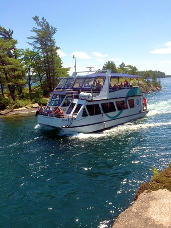 Brockville, Canada: Get closer to the Islands aboard our fleet of smaller boats.