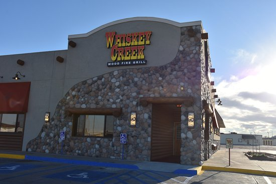 Scottsbluff, NE: Whiskey Creek Wood Fire Grill