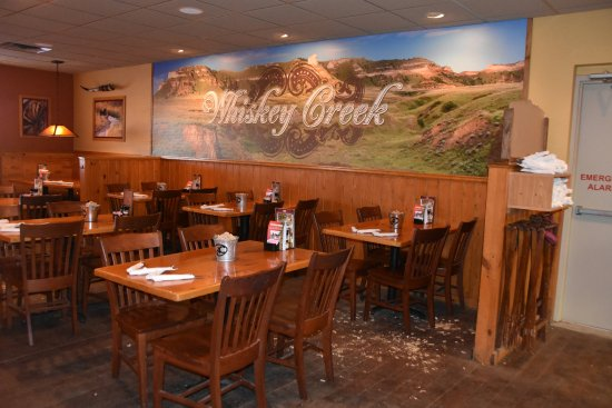 Scottsbluff, NE: Whisky Creek Wood Fire Grill