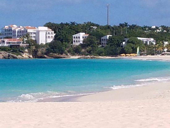 Meads Bay Beach Villas: Beautiful Meads Bay!
