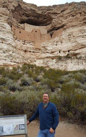 Montezuma Castle National Monument: A stop on the interpretive trail