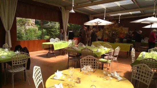 Raveau, فرنسا: salle pour réception été