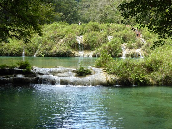 Semuc Champey : A series of limstone pools