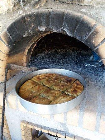 Elliniko, Grèce : Χορτοπιτα!!