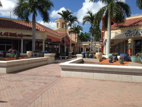 Miromar Outlets: Nice Eats !!!