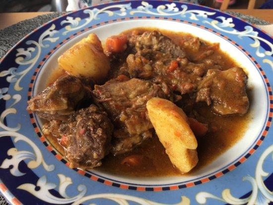Villaverde, España: Cabra en salsa