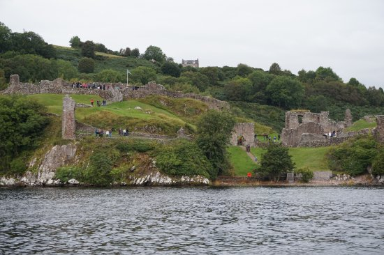 Urquhart Castle: Castle Urquhart Loch Ness Scotland