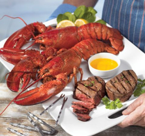 Curry, Irland: Steak & Lobster Nights a house speciality