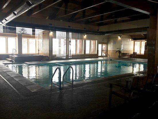 Tiger Run Resort: Indoor pool