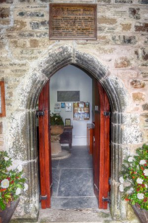 Trebetherick, UK: Welcome to St. Enodoc Church...