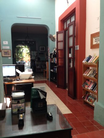 Merida English Library: The front hall of the library