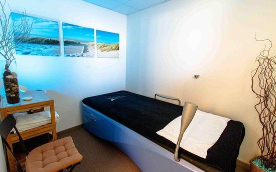 Mauguio, France: Cabine d'hydro-massage