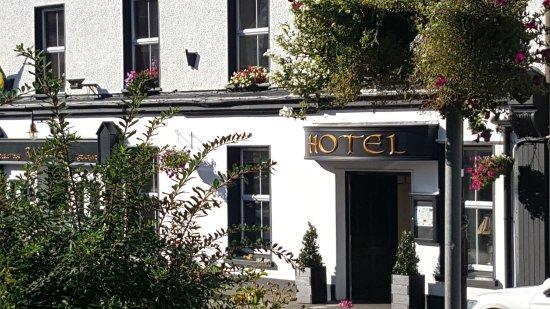 Nesbitt Arms Hotel