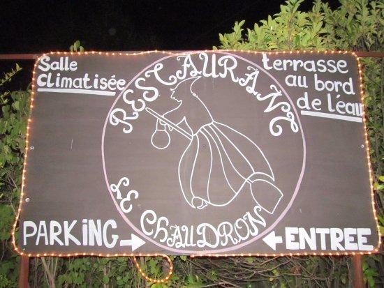 Турнон-сюр-Рон, Франция: le panneau d'entrée