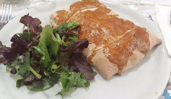 Fontenay-sous-Bois, França: Pizza chausson reblochon