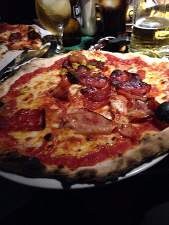 Pizza, authentic taste.
