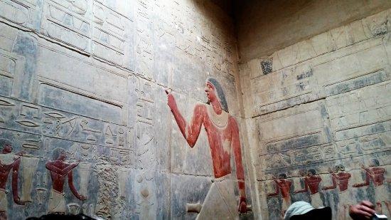 Mastaba of Kagemni: Beautiful engraving telling many stories.
