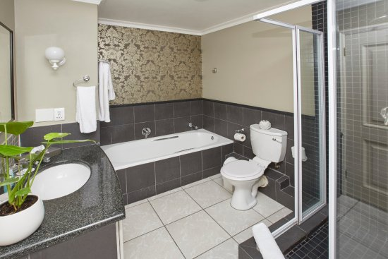 Bantry Bay, Afrika Selatan: Luxury Seafacing Suite Bathroom
