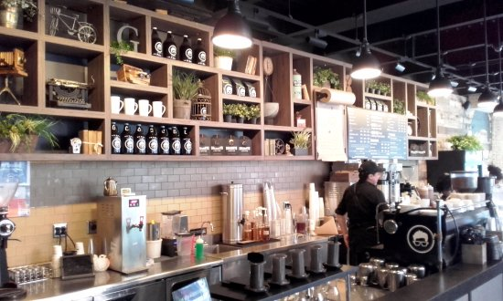 Gregorys Coffee: Trendy interior decor at Gregory's Coffee - New York (03/Feb/17).