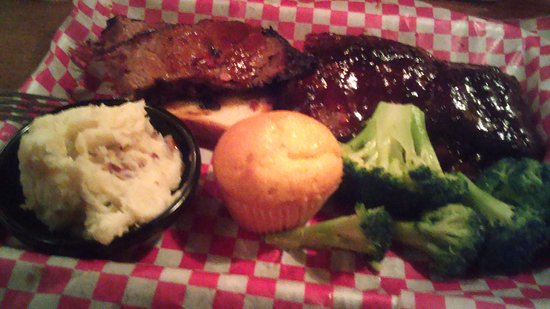 Famous Dave's Bar-B-Que: Baby Back Ribs and Brisket