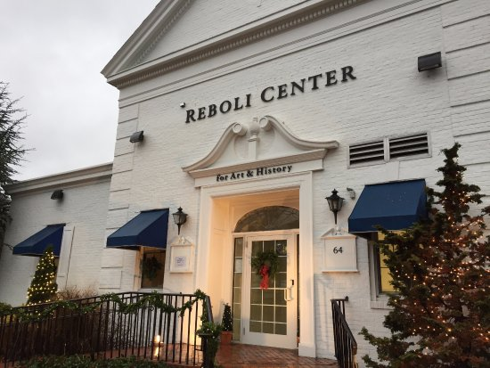 Stony Brook, NY: The Reboli Center main entrance