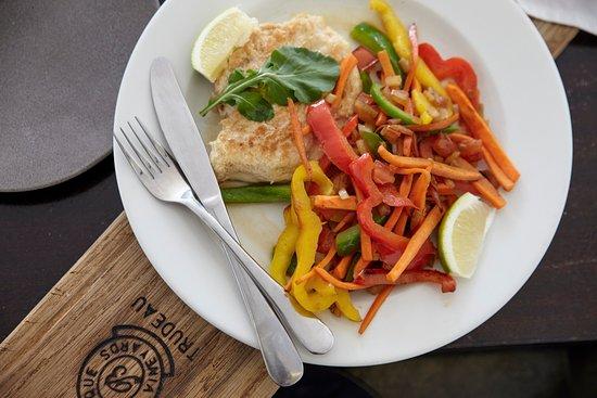 Κόλπος Bantry, Νότια Αφρική: Grilled Chicken and Vegetables