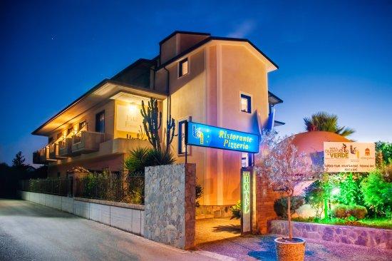 Hotel Bacco Photo