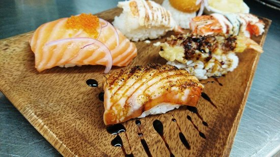 Flaxton, Australia: Fresh Nigiri Selection