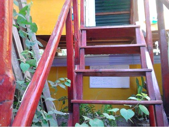 Rivas, Nicaragua: Steps to Sassy Sally