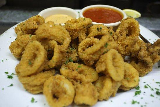 Island Park, NY: Fried Calamari - a favorite