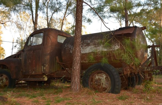 Crawfordville, FL: Old Water Truck
