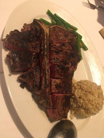 Hy's Steak House - Waikiki: photo1.jpg