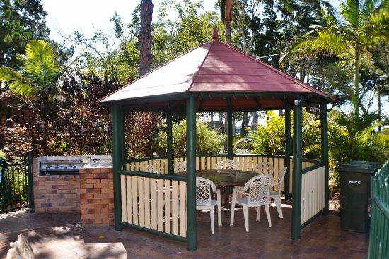 Torquay, Australia: Gazebo & BBQ