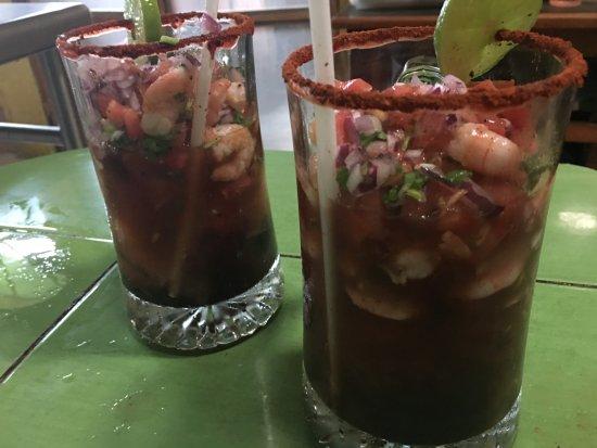 Huay-Pix, Mexique : michelada de mariscos del Restaurant El Abuelo